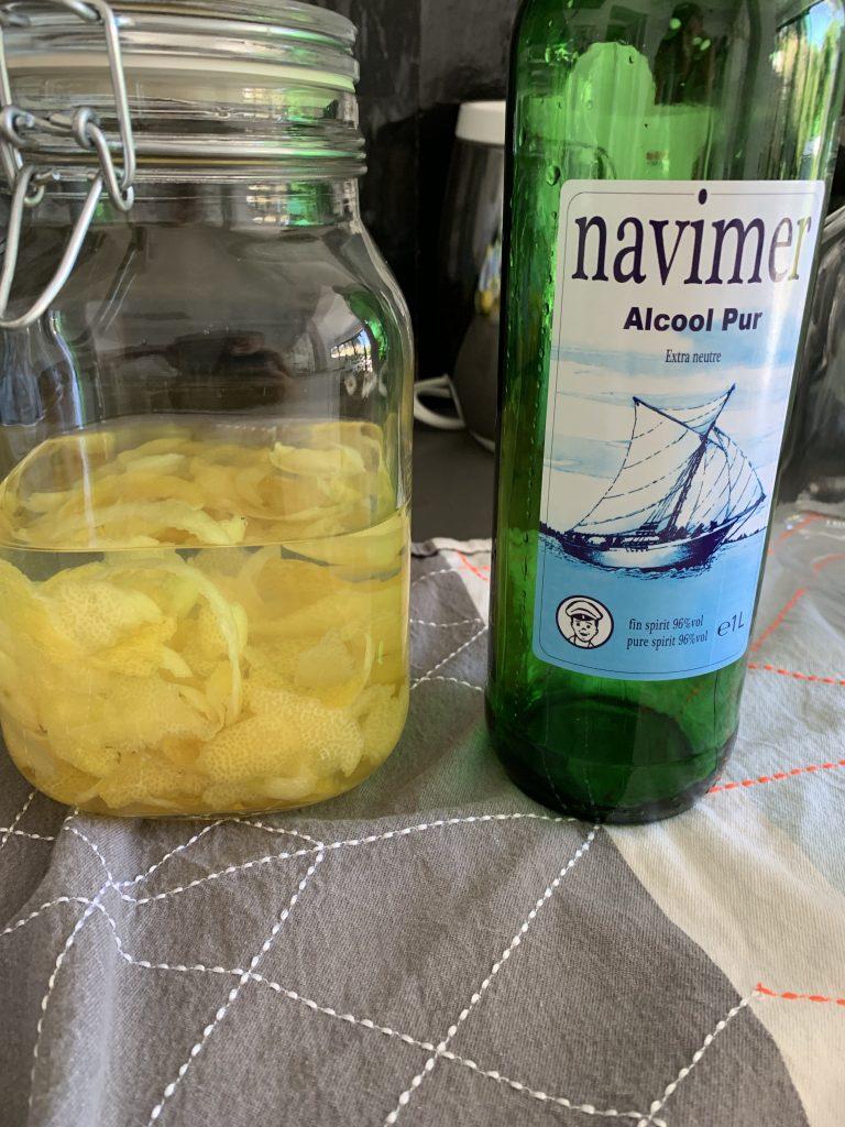Alcohol met sorrento citroen